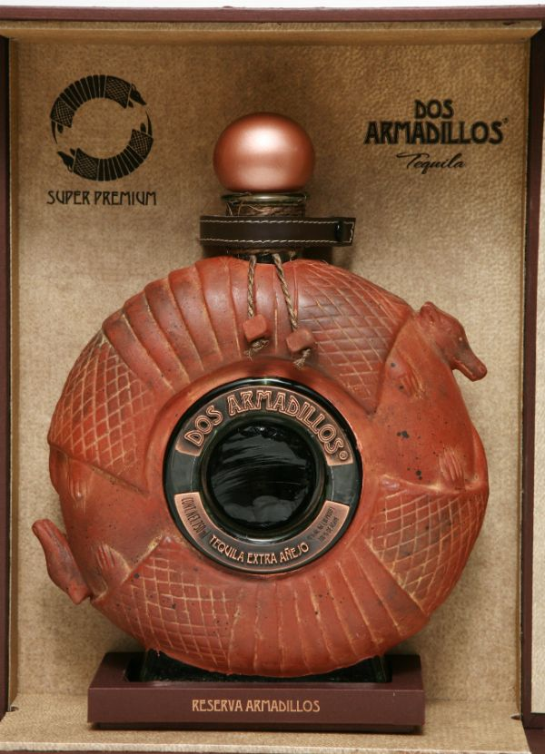 Dos Armadillos Extra Anejo Clay Tequila