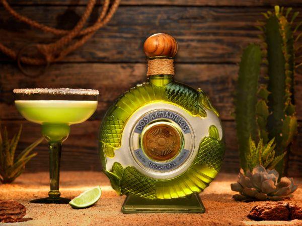 Dos Armadillos Super Premium Plata Tequila